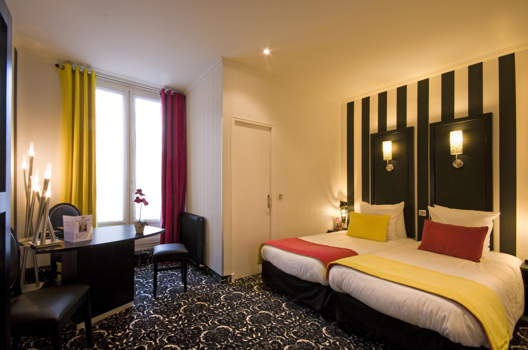 CHAMBRE DOUBLE OU TWIN SUPÉRIEURE 18 m² en moyenne | Hôtel ...